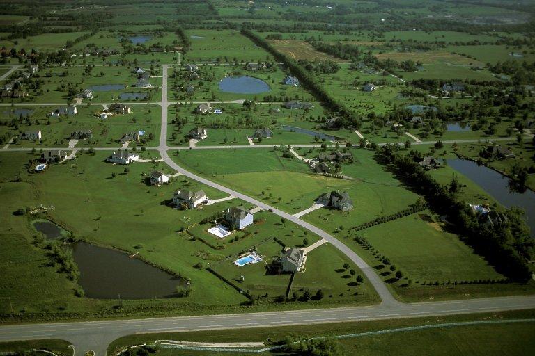 Large lot estate development